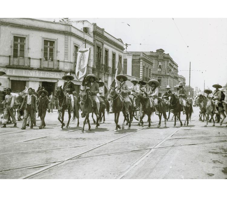 """Recuerdos del Zócalo: """"La entrada de los ejércitos de Villa y Zapata a la capital mexicana en diciembre de 1914"""""""
