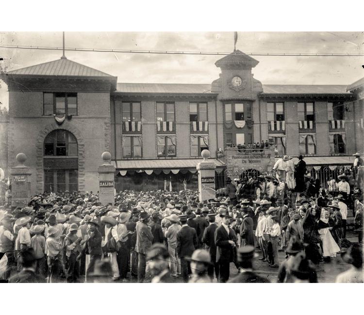 """Recuerdos del Zócalo (VI): """"La entrada de Francisco I. Madero a Ciudad de México, 7 de junio de 1911"""""""