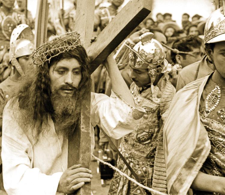 Iztapalapa, del Fuego Nuevo a la Semana Santa