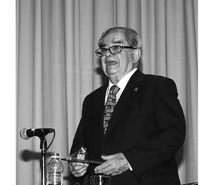 Recuerdo de Miguel León-Portilla