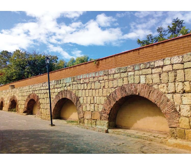 El gran acueducto que abasteció Oaxaca entre los siglos XVIII y XIX