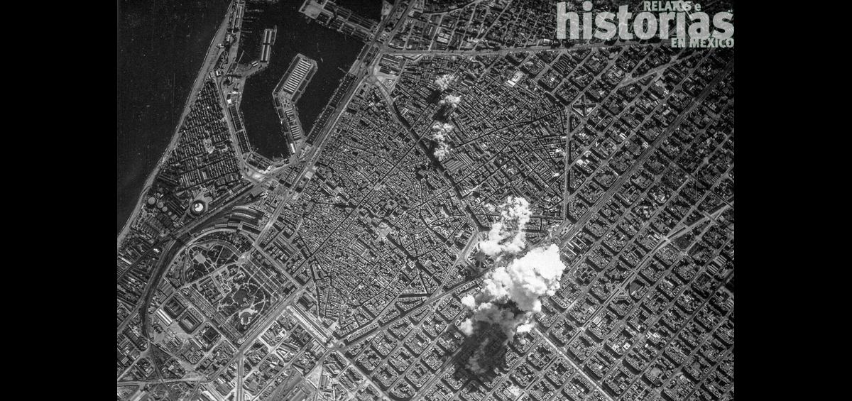 Postal: Bombardeo aéreo de Barcelona